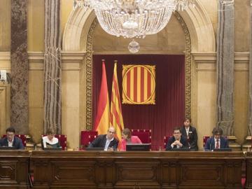 Aspecto de la Mesa al completo del Parlament