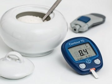 Foto de un dispositivo para medir la diabetes
