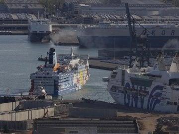 Barcos del puerto de Barcelona