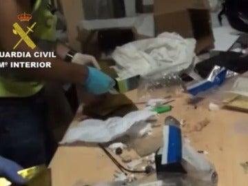 Cae en Pamplona un traficante de armas cortas con clientes por todo el mundo