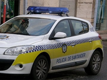 Un coche de la policía local santanderina