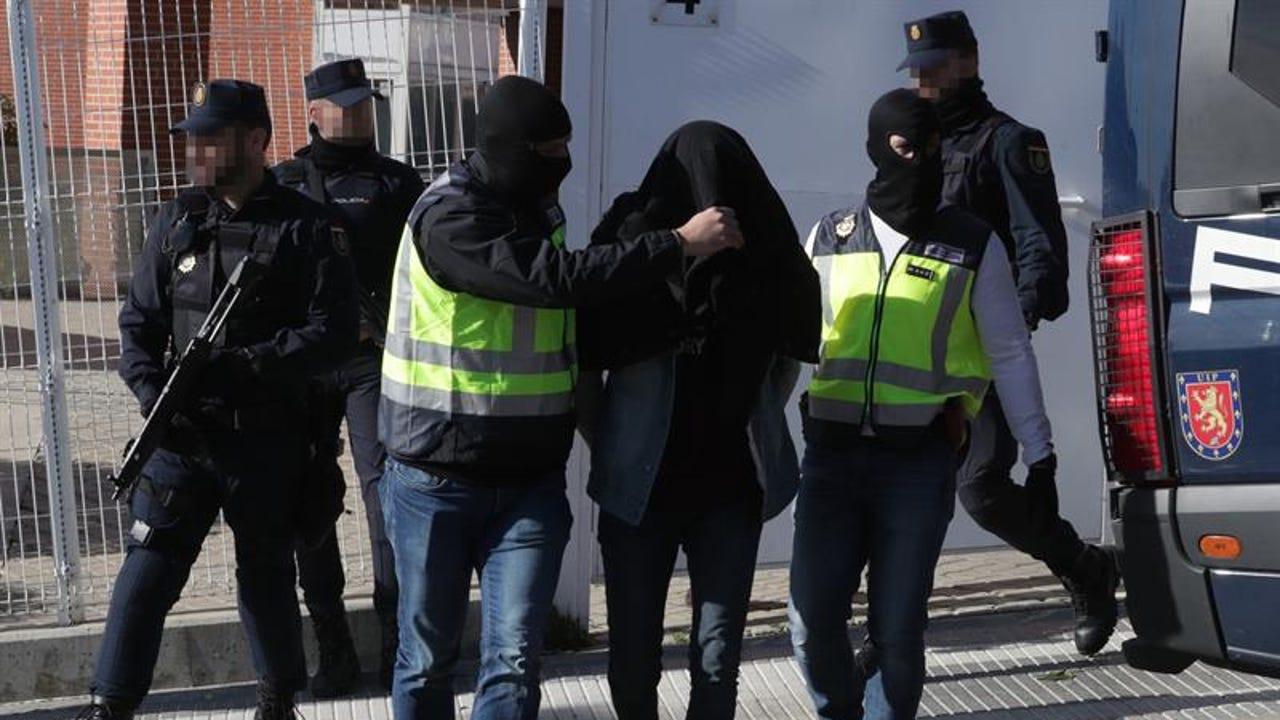 Imagen de archivo de la detención de una persona acusada de yihadismo