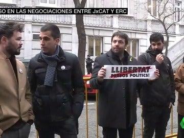 Miembros de ERC frente al TS en apoyo a Oriol Junqueras