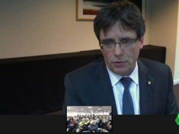 """Puigdemont habla por videoconferencia: """"Volveré con toda seguridad y con la legitimidad como president elegido por el Parlament"""""""
