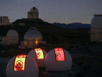 Telescopio cazador de mundos en La Silla, en Chile