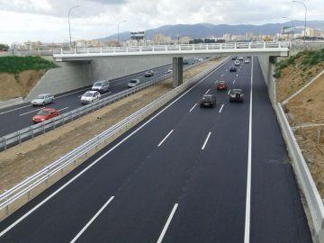 Foto de archivo de una autopista