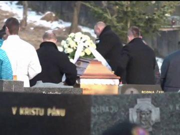 Jan Kuciak y su prometida fueron asesinados por investigar vínculos entre mafia y política