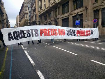 Protesta estudiantil en la Via Laietana