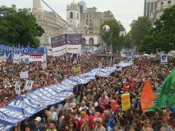 Vista de la marcha por el Día Nacional de la Memoria por la Verdad y la Justicia, en Buenos Aires (Argentina)