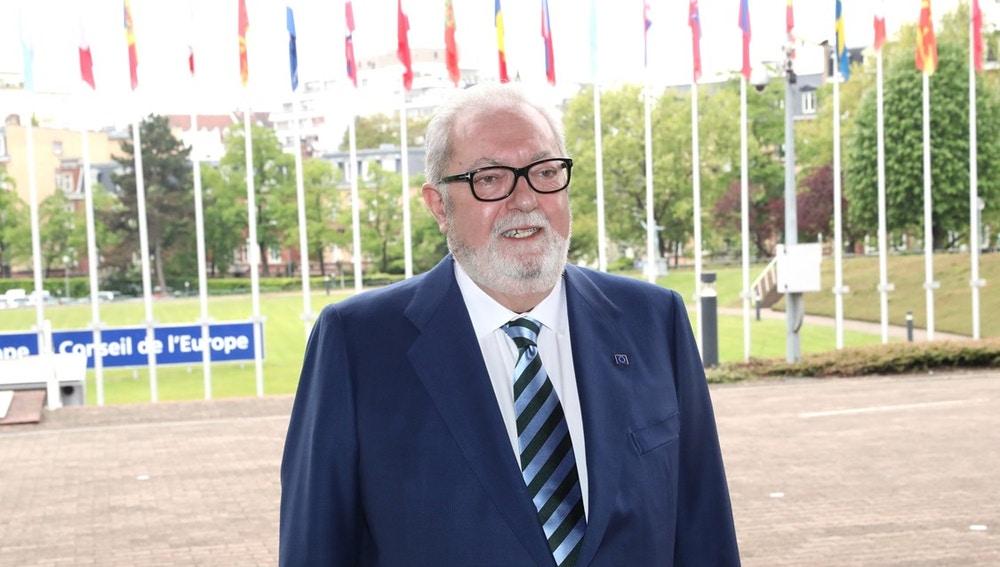 Pedro Agramunt abandona el Consejo de Europa pero mantendrá su puesto en el Senado