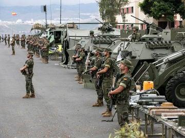 """Efectivos de la Brigada """"Canarias"""" XVI"""