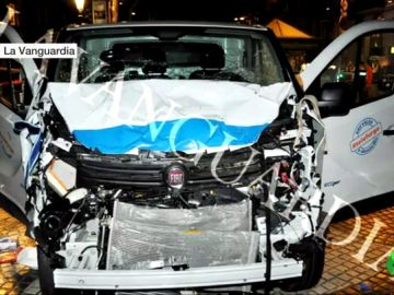 Imagen de la furgoneta del atentado de Barcelona