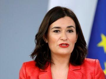 La ministra de Sanidad, Carmen Montón , durante la rueda de prensa posterior al Consejo de Ministros en el Palacio de La Moncloa.