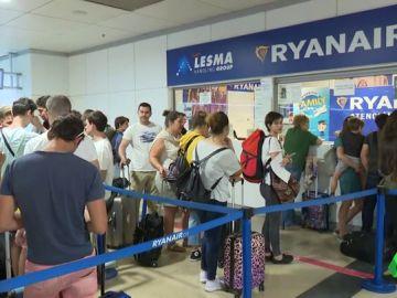 Pasajeros afectados por la huelga de Ryanair