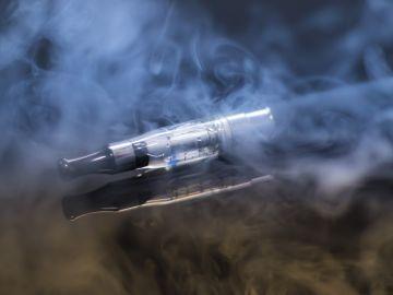 Los cigarrillos electrónicos podrían ser más dañinos de lo que se cree