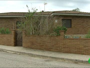 Localizan en Sils (Girona) a una mujer muerta en casa y envuelta en plásticos