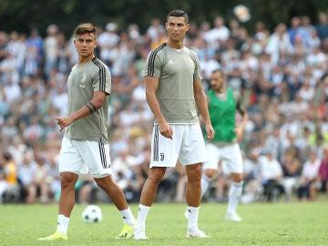 Dybala y Cristiano se ejercitan con la Juventus