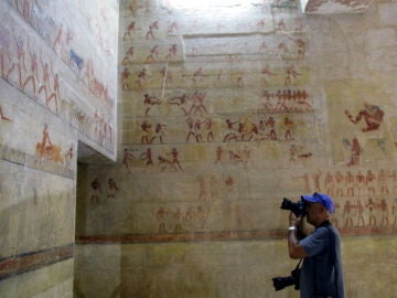 Interior de la tumba del visir Mehu