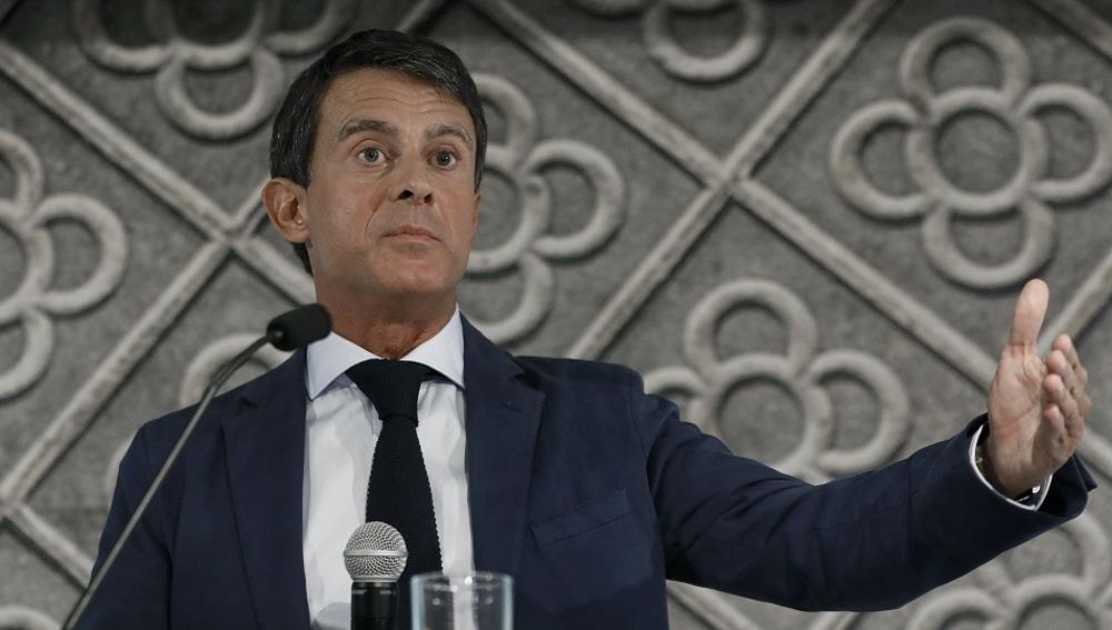 Manuel Valls ante los medios de comunicación