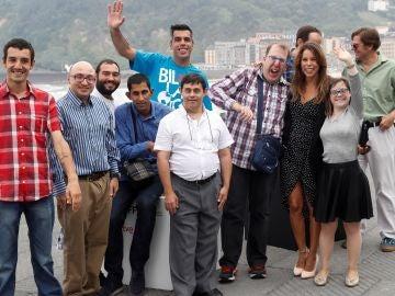 Los actores durante la presentación hoy de su película 'Ni distintos ni diferentes: Campeones'