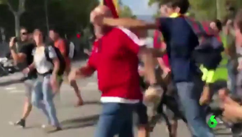 Agresión en la manifestación de Barcelona