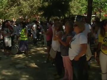 Vecinos de Murcia celebran la llegada del AVE en 2020