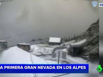 Las espectaculares imágenes de la primera gran nevada en los Alpes