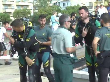 Imagen de la Guardia Civil buscando al menor desaparecido en Mallorca