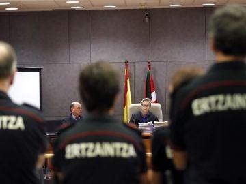 Imagen del juicio por la muerte de Íñigo Cabacas en Bilbao