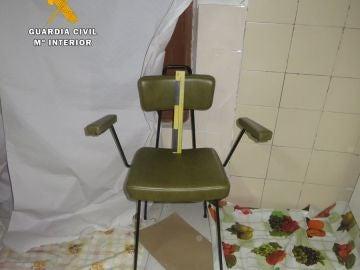 Sala donde el agresor retuvo a la víctima amenazándola con un cuchillo de cocina