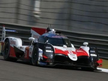 Fernando Alonso, con el Toyota