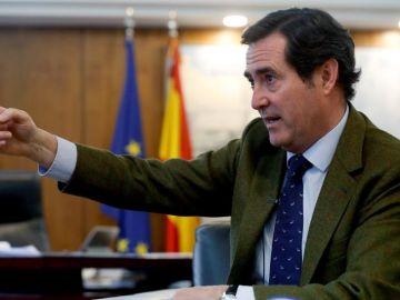 Garamendi, elegido por aclamación presidente de CEOE