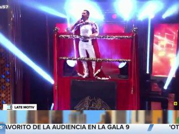 Berto Romero se convierte en Freddie Mercury