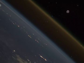 Graban desde la Estación Espacial Internacional el despegue y la salida de la Tierra de una nave espacial