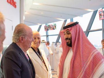 El Rey Juan Carlos se fotografía con el príncipe heredero saudí