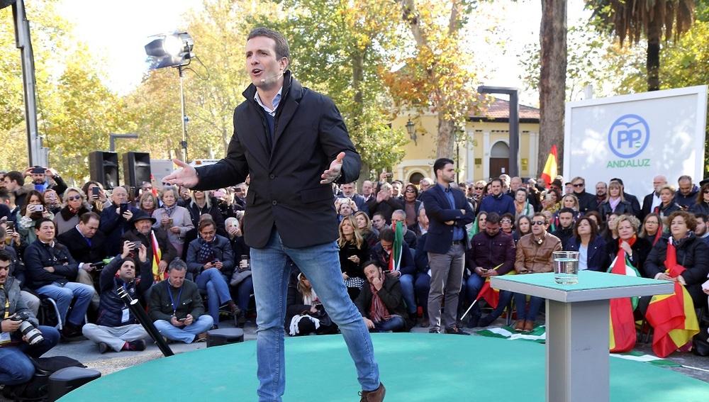 Pablo Casado durante la campaña electoral en Andalucía