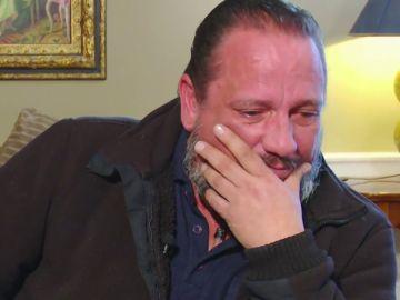 """El duro relato de Pedro, el hombre que perdió a su mujer tras retirarle el Essure: """"Estuvo en coma inducido hasta que ya no puedo más"""""""