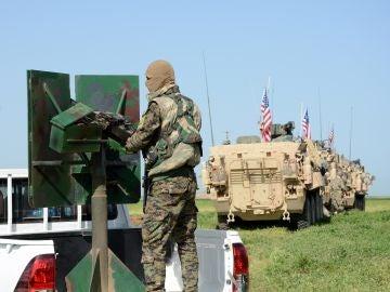 Imagen de archivo de una comitiva de tropas estadounidenses en Siria