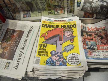 Ejemplar de la revista satírica francesa 'Charlie Hebdo'