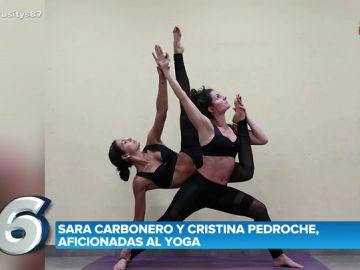 Cristina Pedroche, haciendo yoga unto a una amiga