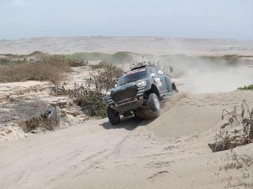 Nani Roma, en acción en el Dakar