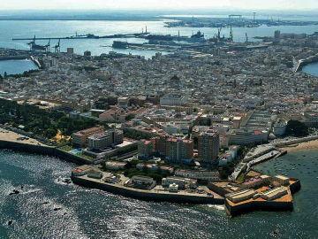Vista aérea de la ciudad de Cádiz.