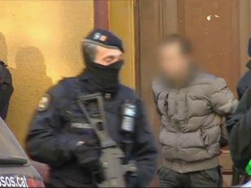 VÍDEO REEMPLAZO   Los Mossos desarticulan un célula yihadista en Barcelona con voluntad de atentar