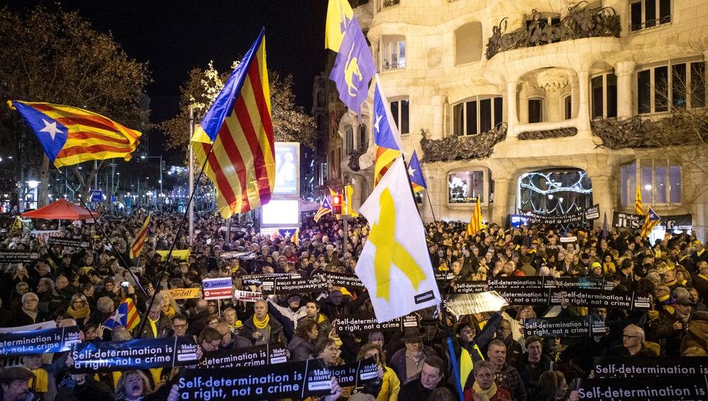 Concentración en Barcelona convocada por la ANC en apoyo a los presos independentistas