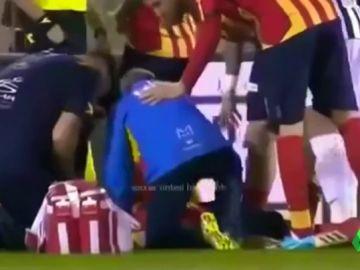 Tremendo susto en Italia: se suspende el Lecce - Ascoli por un tremendo golpe que dejó inconsciente a un jugador