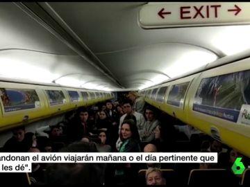 Pasajeros del avión de Ryanair