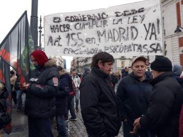 Taxistas se manifiestan en la Puerta del Sol