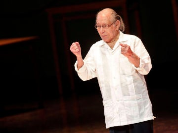 El autor, dramaturgo y director teatral Salvador Távora tras recibir el Premio Max de Honor en 2017