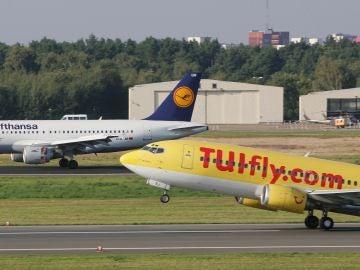 Avión de la aerolínea Tui