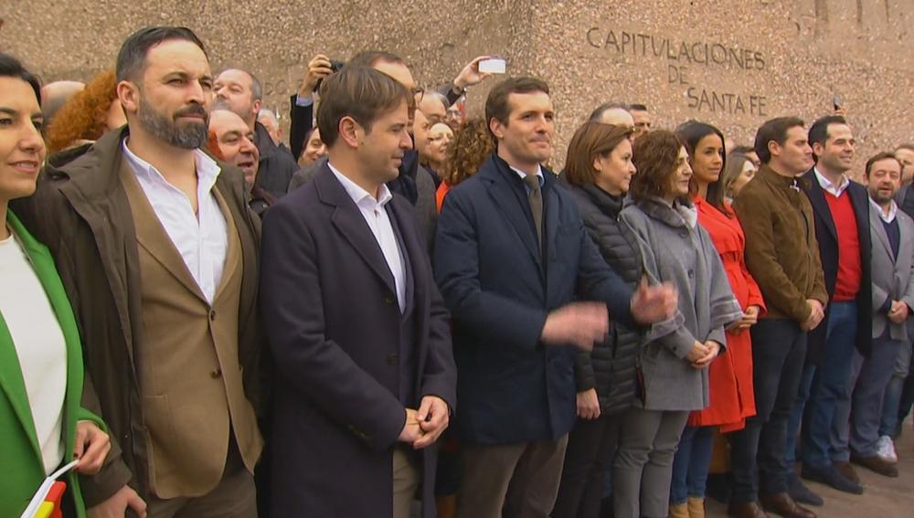 Vox, PP y Ciudadanos en la madrileña plaza de Colón